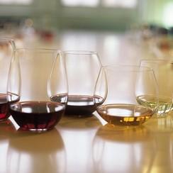 Szklanka szklance nierówna. 78fz.com.