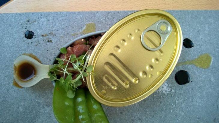 A w nowym menu m.in. tatar z tuńczyka. © Maciej Nowicki.