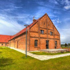 Budynek winiarni. © banie.zp.pl.